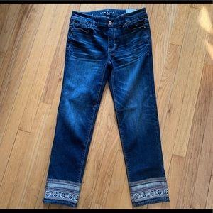 White House Black Market straight crop jean.Size 4